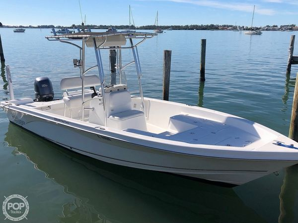 Used Sea Chaser 230 LX Bay Runner Center Console Fishing Boat For Sale