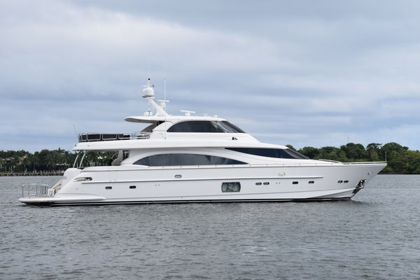 Used Horizon E88 Motor Yacht For Sale