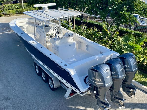Used Jupiter 3838 Center Console Fishing Boat For Sale