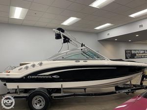 Used Chaparral 196 SSi Ski and Wakeboard Boat For Sale