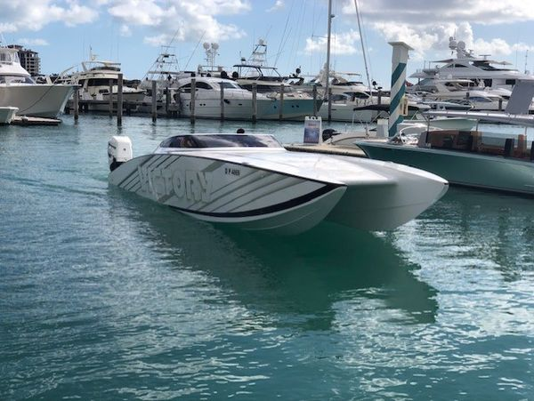 New Victory Boats 32 Pleasure Cat High Performance Boat For Sale