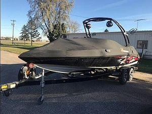 Used Gekko Sports REVO 7.1 Ski and Wakeboard Boat For Sale