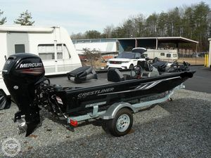Used Crestliner VT17 Bass Boat For Sale