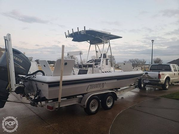 Used Champion 24 Bay Champ Center Console Fishing Boat For Sale