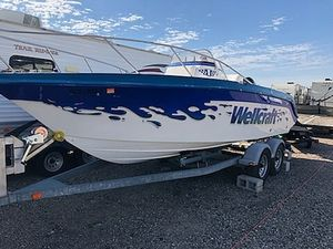 Used Wellcraft 218CCF Center Console Fishing Boat For Sale