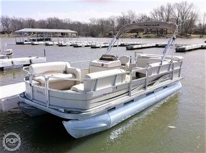 Used Sun Tracker Party Barge 21 Signature Series Pontoon Boat For Sale