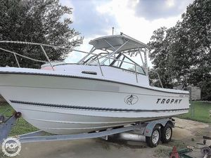 Used Trophy 2352 Offshore Walkaround Fishing Boat For Sale