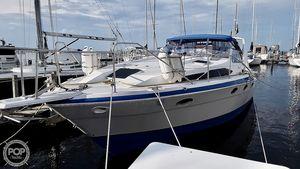 Used Bayliner 3450 Avanti Express Cruiser Boat For Sale