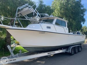 Used Parker Marine 2820 XLD Walkaround Fishing Boat For Sale