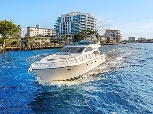 Used Uniesse 55 Motor Yacht For Sale