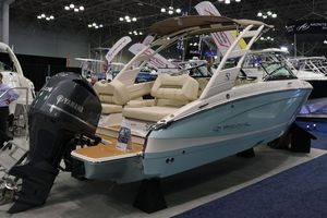 New Regal LX4 Bowrider Boat For Sale