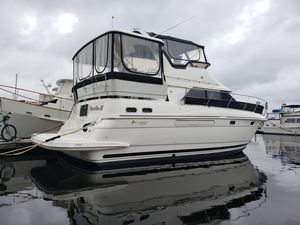 Used Cruisers Yachts 3650 Motor Yacht For Sale