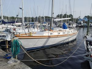 Used Bristol 41.1 Center Cockpit Cruiser Sailboat For Sale