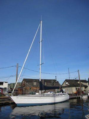 Used Nautor Swan 371 Cruiser Sailboat For Sale
