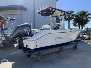 Used Robalo R 200 ES Center Console Fishing Boat For Sale