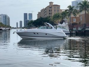 Used Rinker 320 EX Cruiser Boat For Sale