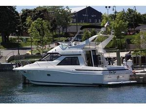 Used Bayliner 3488 Avanti Command Bridge Flybridge Boat For Sale