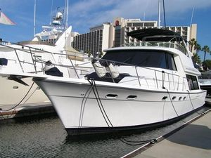 Used Bayliner 4788 Pilothouse Motor Yacht For Sale