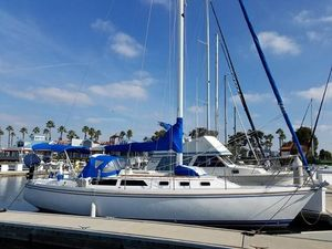 Used Catalina 34 Tall Rig Daysailer Sailboat For Sale