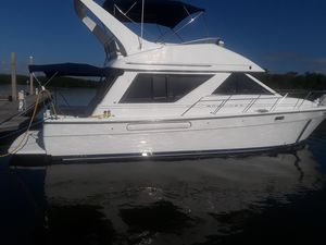 Used Bayliner 3988 Command Bridge Motoryacht Motor Yacht For Sale