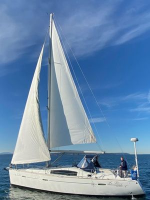 Used Beneteau America 40 Cruiser Sailboat For Sale