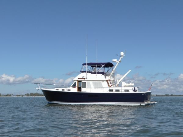 "Used Sabreline ""47"" Trawler Motor Yacht For Sale"