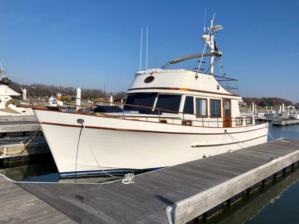 Used Marine Trader 44 Trawler Boat For Sale