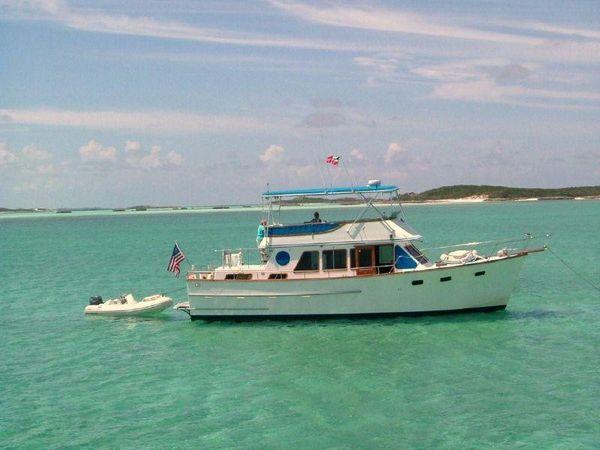 Used Ocean Alexander 43 (tri-cabin Trunk Classic) Trawler Boat For Sale