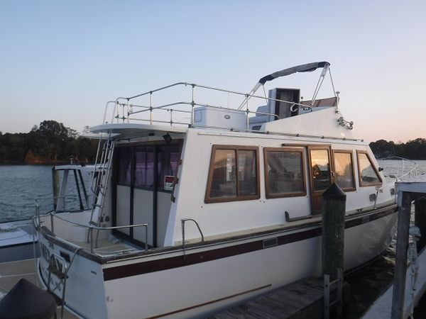 Used Young Sun 37 Trawler Boat For Sale