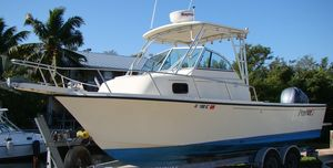 Used Parker 2310 Walkaround Cruiser Boat For Sale