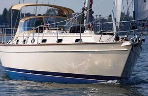 New Island Packet 439 Cruiser Sailboat For Sale