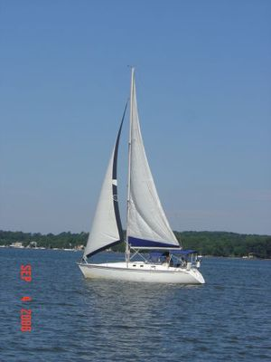 Used Hunter Legend Cruiser Sailboat For Sale