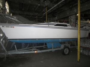 Used Hunter 23 Cruiser Sailboat For Sale