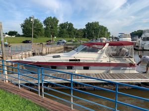 Used Cruisers 3370 Cruiser Boat For Sale