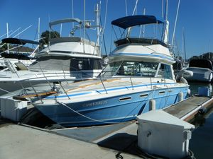 Used Sea Ray 300 Sportbridge Saltwater Fishing Boat For Sale