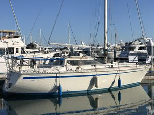 Used Jouet 940 Motor Sailor 33' Cruiser Sailboat For Sale