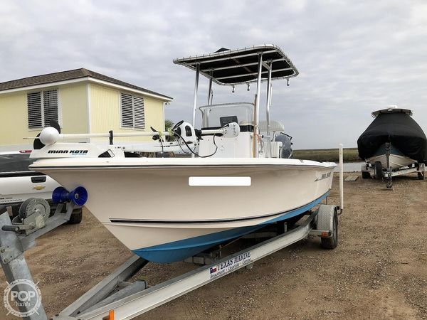 Used Sea Hunt BX21T Center Console Fishing Boat For Sale