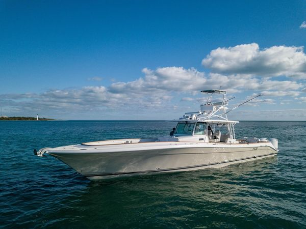 Used Hcb Sueños Center Console Fishing Boat For Sale