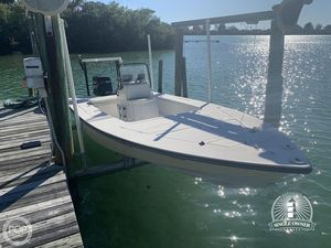 Used Maverick 21 Master Angler Flats Fishing Boat For Sale