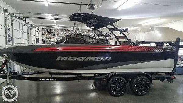 Used Moomba Mojo 2.5 Ski and Wakeboard Boat For Sale