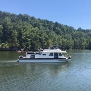 Used Gibson 5000 Series X 16 House Boat For Sale