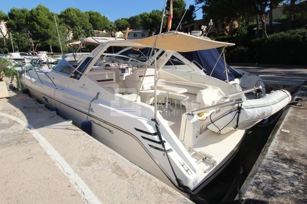 Used Cranchi Mediterranée 40 Sports Cruiser Boat For Sale