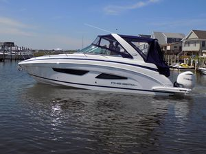 Used Regal 33 XO Express Cruiser Boat For Sale