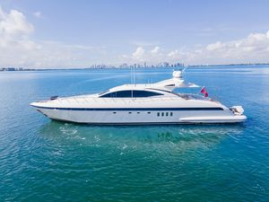 Used Mangusta 92 High Performance Boat For Sale