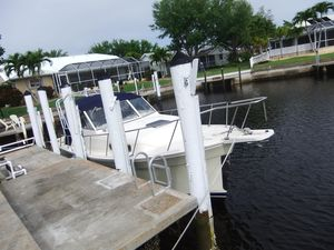 Used Mainship Pilot 30-ii Express Cruiser Boat For Sale