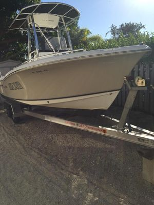 Used Sea Hunt Ultra 210 Center Console Fishing Boat For Sale