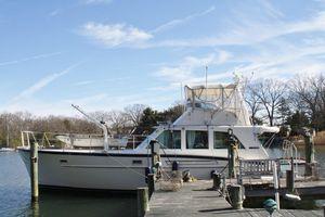 Used Matthews Fiberglass Flybridge Sportfish Sports Fishing Boat For Sale