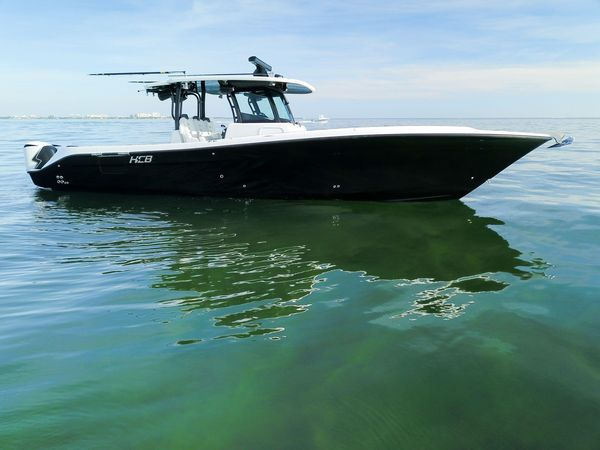 Used Hydra-Sports Speciale Center Console Fishing Boat For Sale