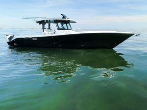 Used Hydra Sports Speciale Center Console Fishing Boat For Sale