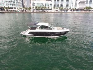 Used Monterey 360 SC Express Cruiser Boat For Sale